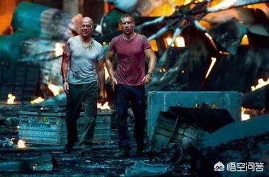 如何理解《虎胆龙威》的原片名;Die Hard;?
